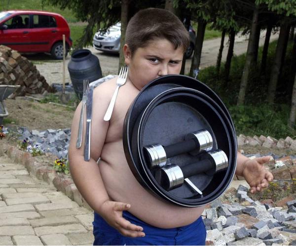 В Хорватии живет мальчик-магнит (видео). 6-летний Иван Стойликович из мале